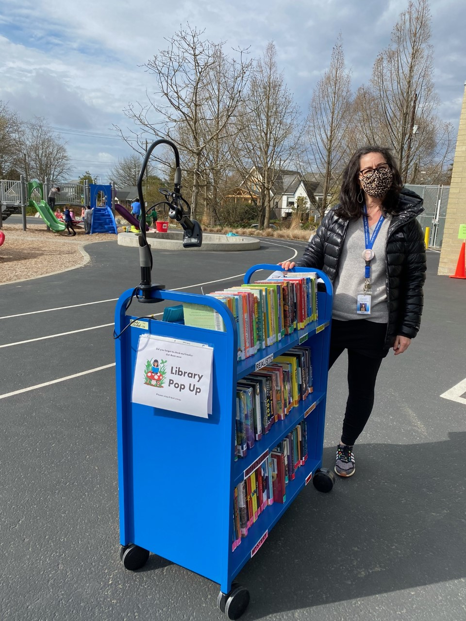 library pop up cart